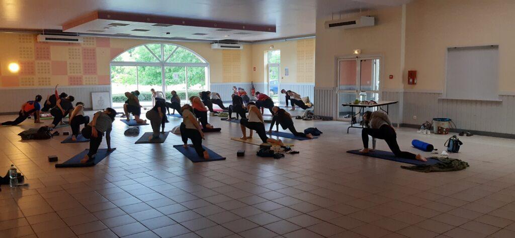 Envie de reprendre la pratique du yoga ou de vous y mettre ?  Pour cette rentrée, Nathalie vous propose les cours suivants dès le lundi 6 septembre à Chazelles :   Lundi : 17h45 et 19h15  Mercredi : 16h30 et 18h  Pass sanitaire requis.  Des cours à La Rochefoucauld, Rancogne ainsi qu'en ligne via zoom sont également proposés.  Détails sur : https://www.prana-yoga-nat.fr/cours-seances-yoga/ Renseignements à : contact@prana-yoga-nat.fr ou au 06 40 17 22 87